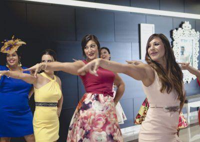 baile sorpresa boda amigos