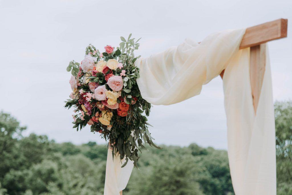 flores arco boda