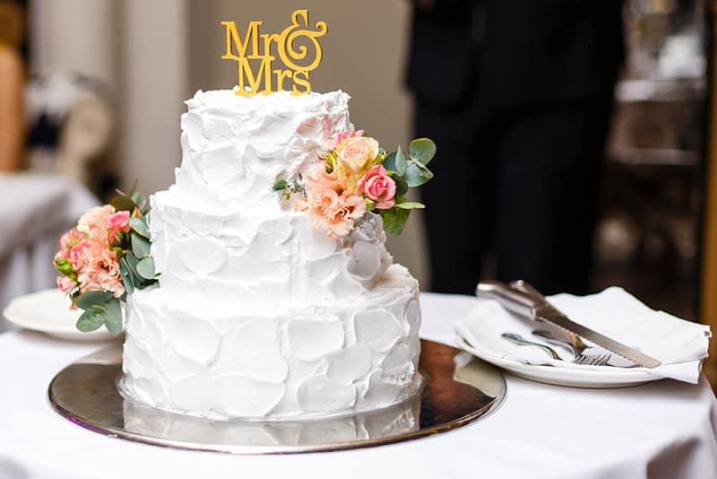 decoración pastel de boda