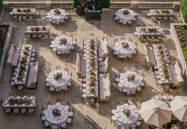 organizar mesas banquete boda