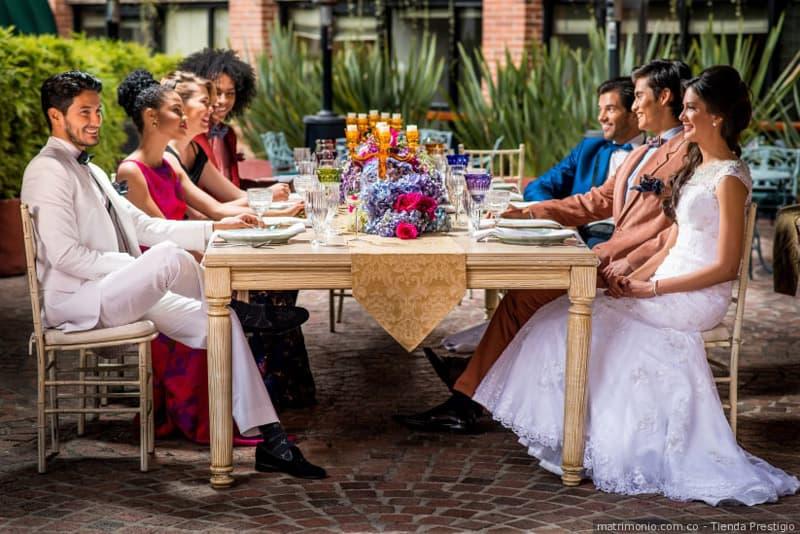 organizar mesas invitados